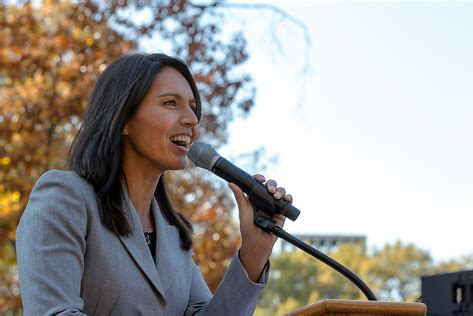 Should Ron Paul Republicans Support Tulsi Gabbard For President?