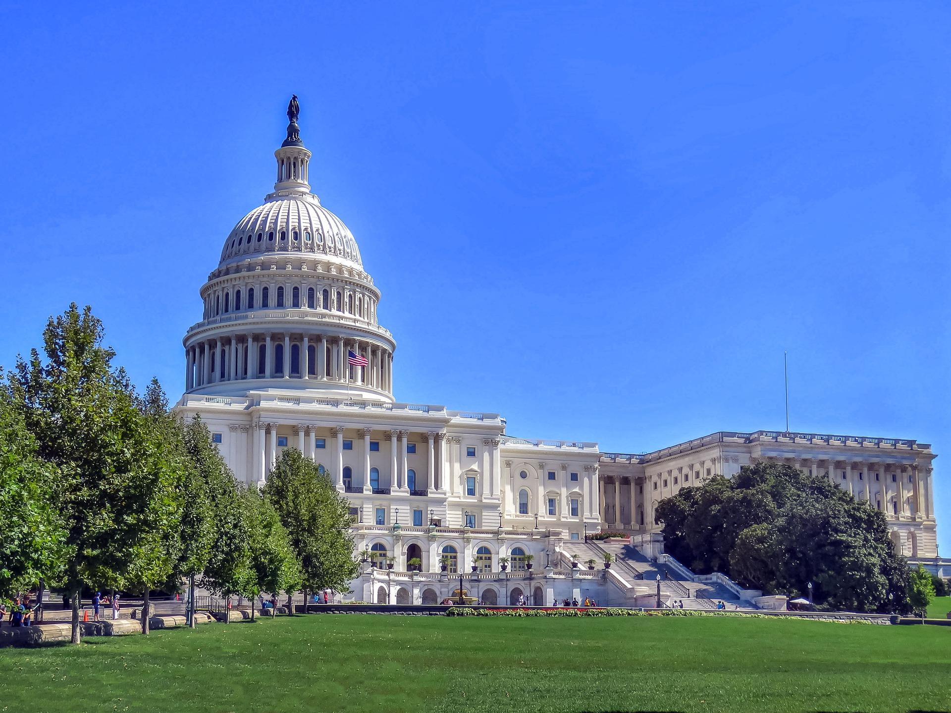 Nancy Pelosi Demands Removal Of Confederate Statues